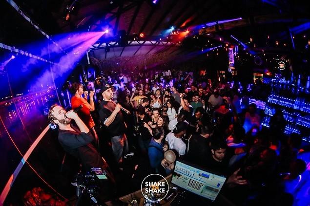 Hip Hop sastav Bad Copy napravio opako dobru žurku na splavu Shake 'n' Shake