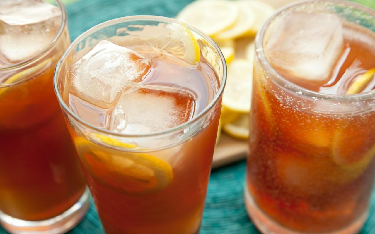 Napravite ledeni čaj za idealno letnje osveženje! (Recept)