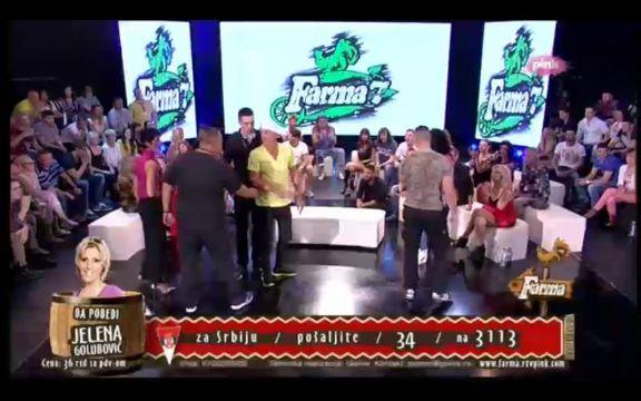 Farma finale: Saška udarila Mikija Mećavu