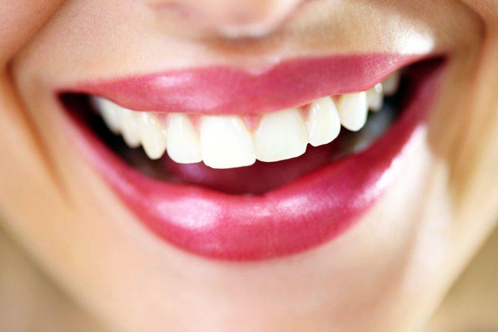 Želite zdrave zube i desni? U vinu je spas!
