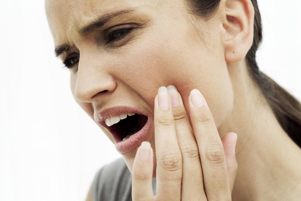 Evo šta sve pomaže kod zubobolje! Provereni kućni recepti!
