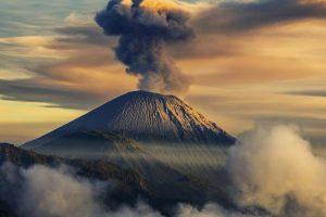 Posle zemljotresa, u Meksiku proradio vulkan