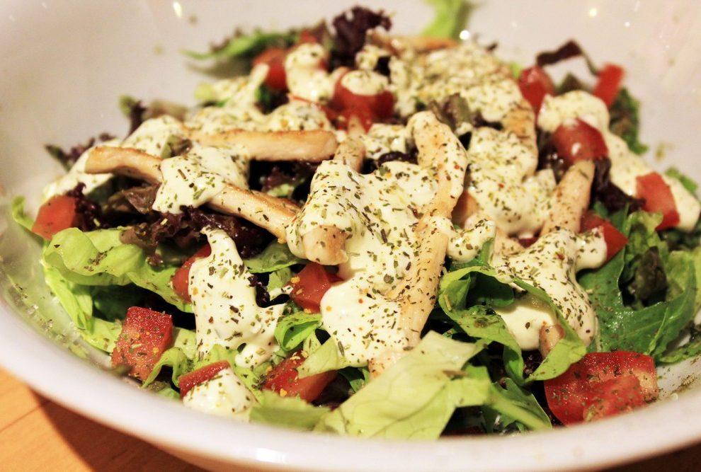 Recept dana: Salata sa piletinom