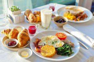 Šta treba jesti na prazan želudac, a šta ne?