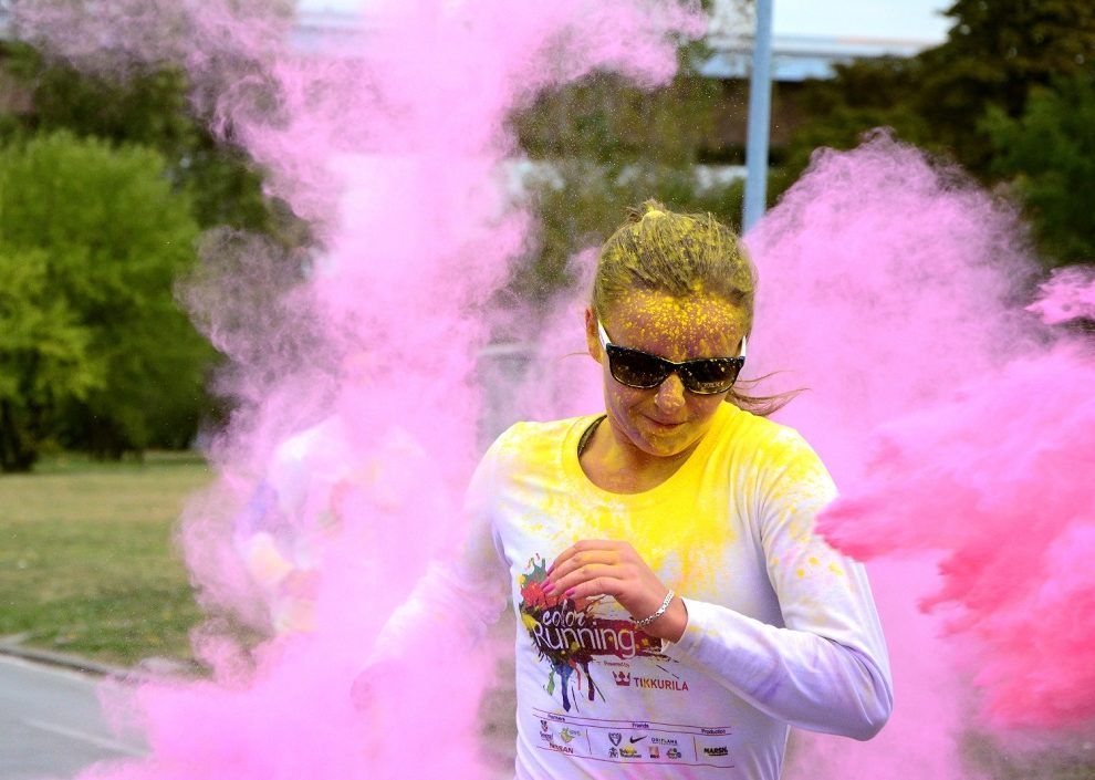 Color RUNNING powered by Tikkurila! Najveselija trka po treći put u Beogradu
