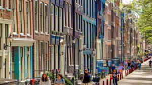 Građani Amsterdama visokim taksama teraju turiste