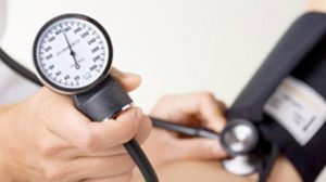 Čaša ovog napitka smanjuje visok krvni pritisak: najbolji prirodni lek protiv rizične hipertenzije!