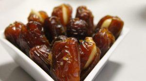Ne goji i usporava starenje: Slatkiš koji žene treba da jedu svaki dan!