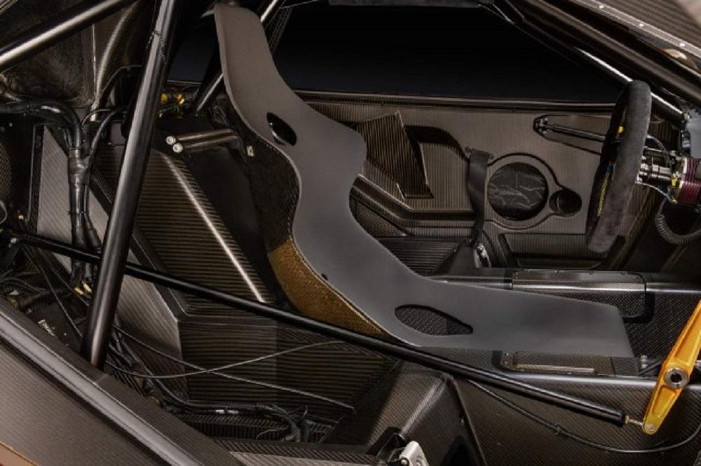 McLaren delovima starim 21 godinu, restarurirao model F1 GTR Longtail 25R