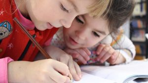 Poznati ruski psiholog: Kako sprečiti da vam škola ne izludi dete