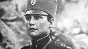 Milunka Savić: Nakon rane u grudima, otkrivena je njena VEŠTO ČUVANA TAJNA: Nekoliko godina kasnije te iste grudi ukrasila je Karađorđevom zvezdom i postala heriona Solunskog fronta!