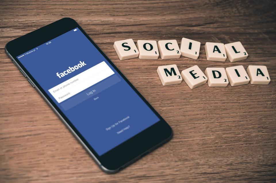 Facebook ulaže 300 miliona dolara u razvoj novinarstval