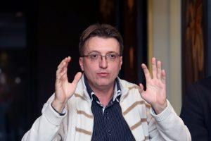 BUKTI SUKOB U NARODNOM POZORIŠTU Direktor kaže da neće dati ostavku, glumci predali SPISAK ZAHTEVA: Nemamo ni osnovne uslove za rad!