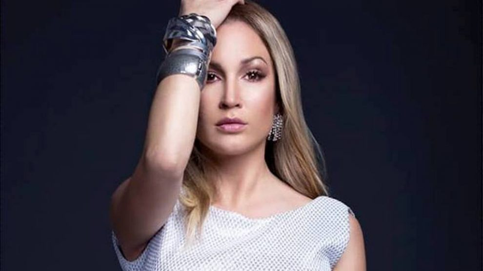 """Dunja izvela svetski hit i """"oduvala"""" takmičare popularnog šoua (VIDEO)"""