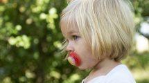 Uz savete psihologa, odviknite svoje dete od cucle