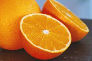 Nemojte više praviti grešku: Ove delove povrća i voća NE treba da bacate!