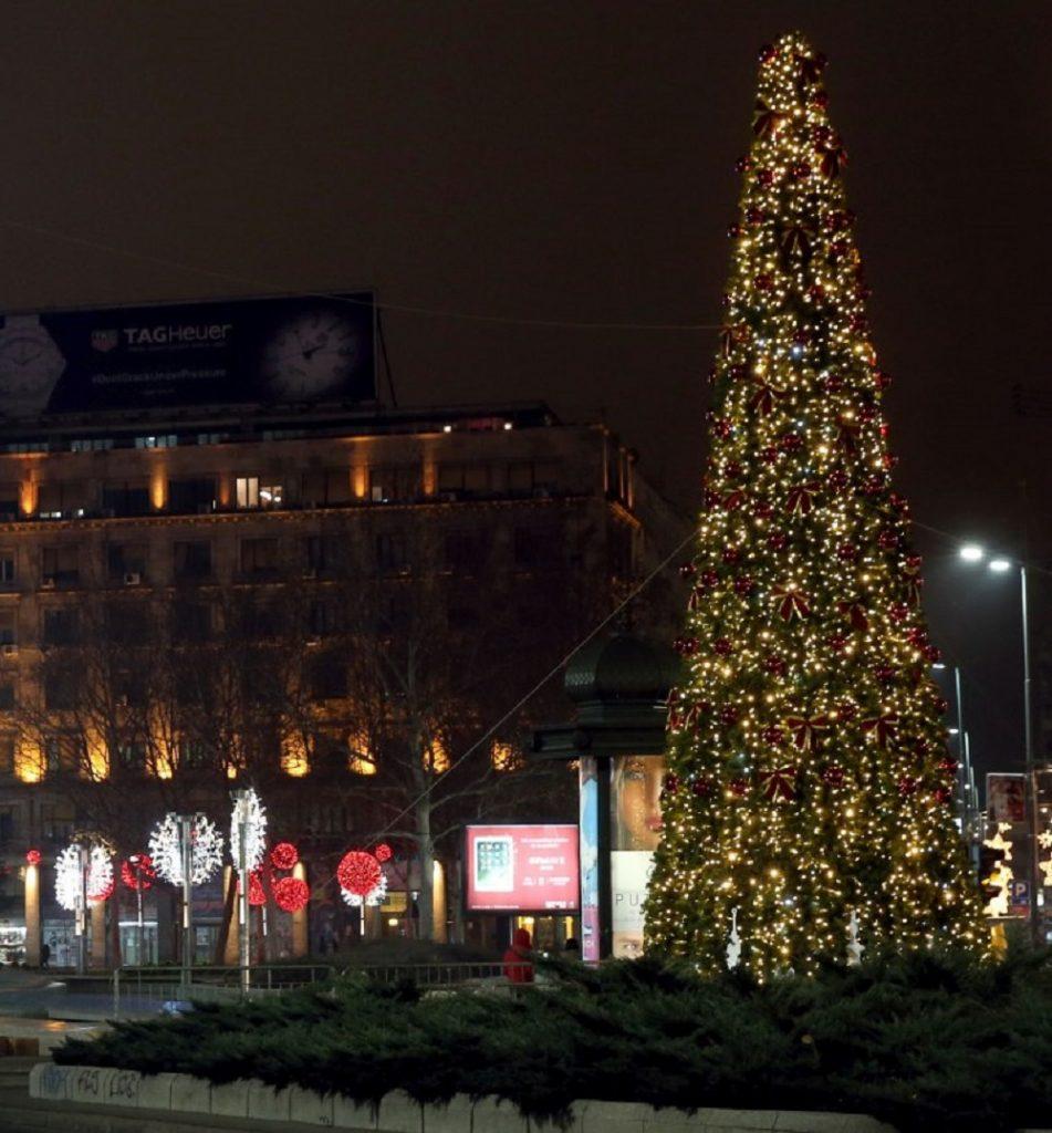 Novogodišnja rasveta Beograda je bila tema mnogih časopisa
