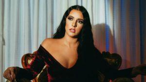 Pevačica Nataša Jo traži od publike da odabere njen prvi singl!