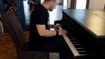 """EMELIN TVRDI: """"Muzika je moj život i popularnost me ne može poneti""""!"""